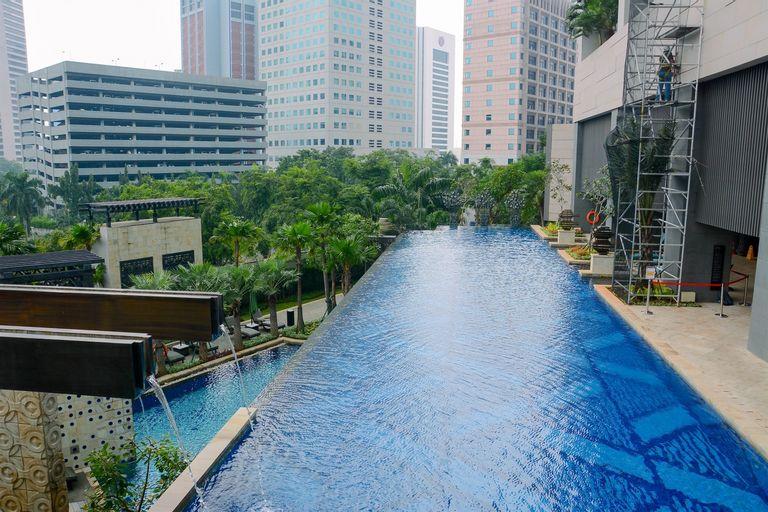 Luxurious 3BR Anandamaya Apartment By Travelio, Central Jakarta