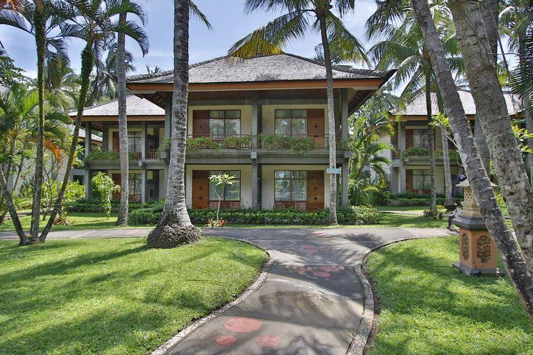 The Jayakarta Lombok Beach Resort & Spa Senggigi, Lombok