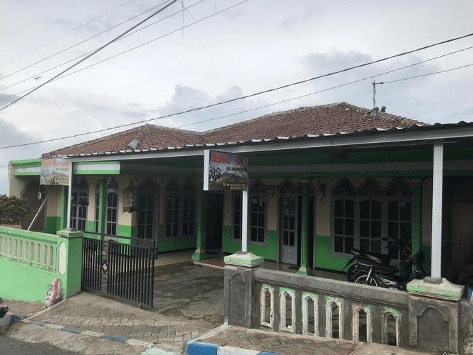 Homestay Pak Senesom, Malang