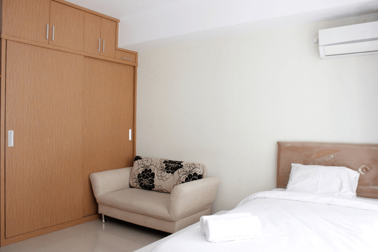 Comfortable Studio at Beverly Dago Apartment near ITB By Travelio, Bandung