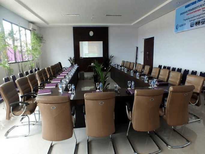 Kyriad Sadurengas Hotel, Paser