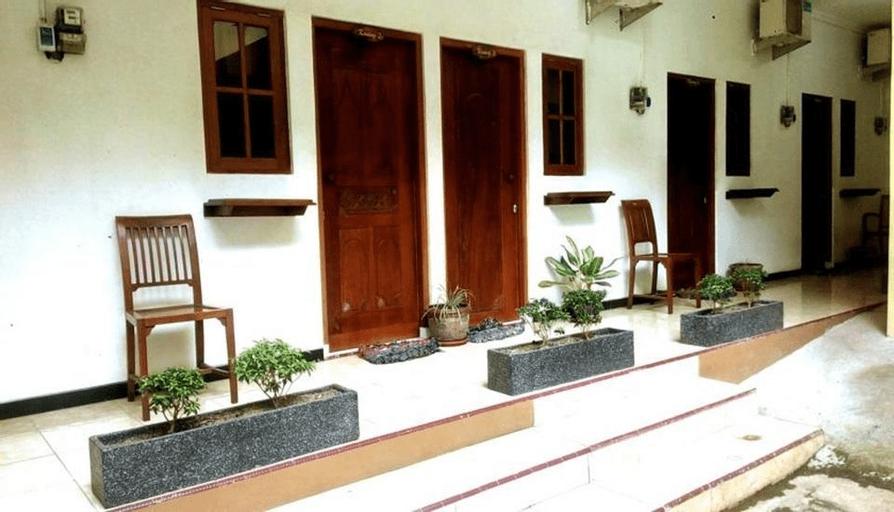 Griya Tentrem Asri, Semarang