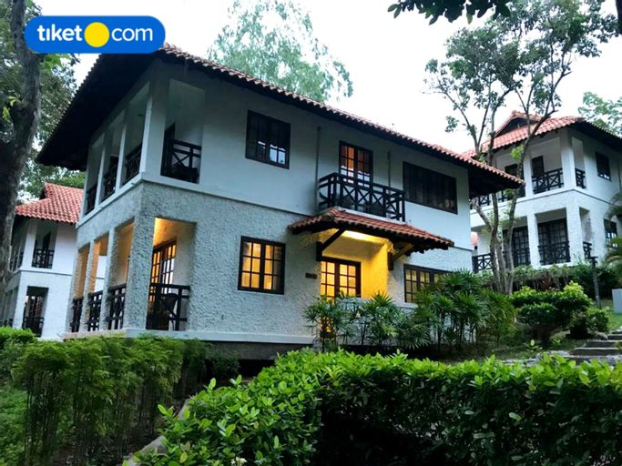 Villa Batam Property at Nongsa Point Marina & Resort, Batam