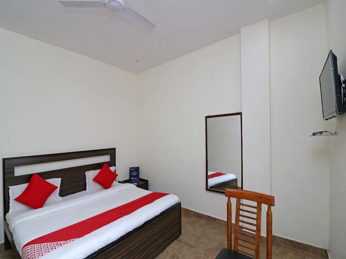 OYO 24468 Hotel Siddharth, Aligarh
