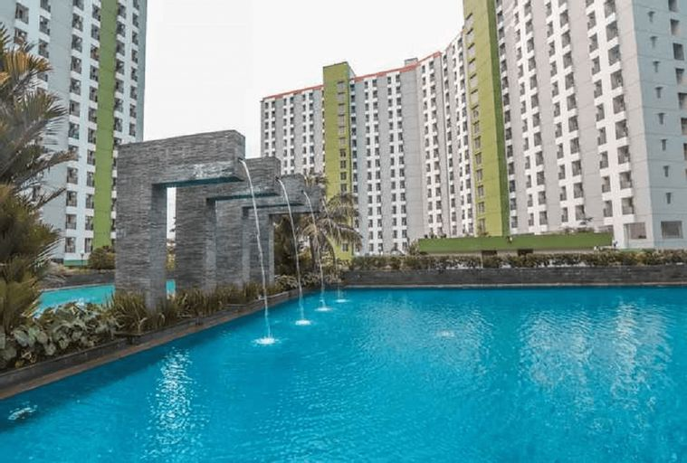 OYO 3221 Green Lake View Ciputat Tower E, Tangerang Selatan