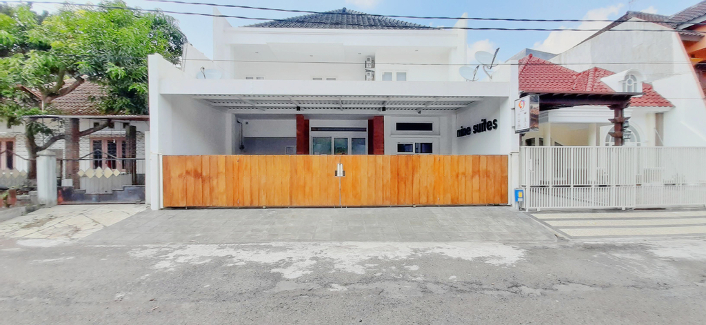 OYO 3820 Nine Suites Syariah, Malang