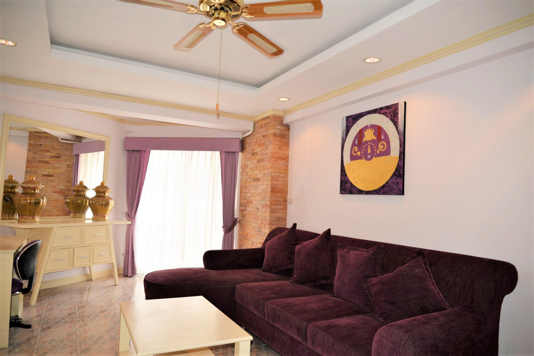 Jomtien beach condo 4th floor modern apartment, Pattaya