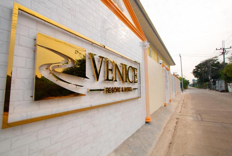Venice Resort, Lam Luk Ka