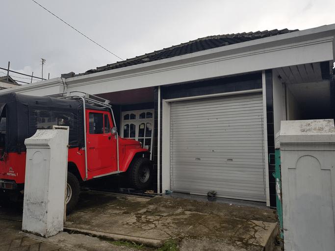 Homestay Pak Ngatenur, Malang