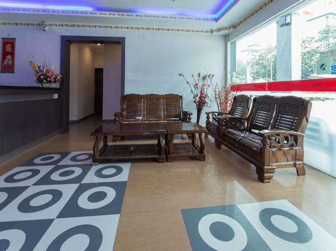 OYO 44088 Valley View Hotel, Manjung