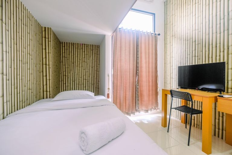 Relaxing and Simple Studio at Dave Apartment By Travelio, Depok