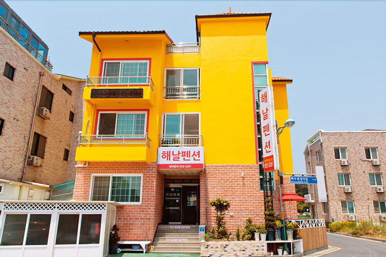Haenal Pension, Boryeong
