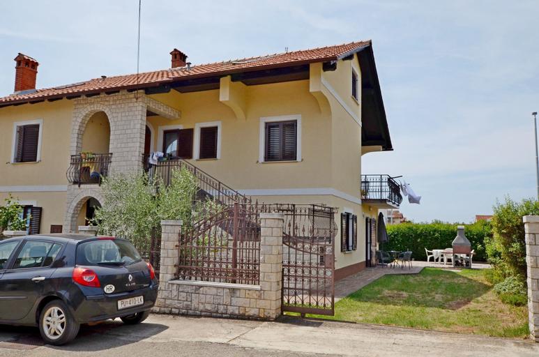 Apartment Mirjam, Novigrad