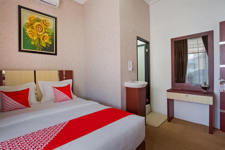 OYO 3225 Alinia Guest House, Padang
