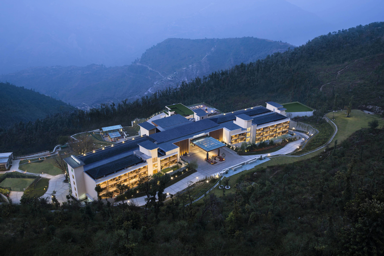 JW Marriott Mussoorie Walnut Grove Resort & Spa, Dehradun