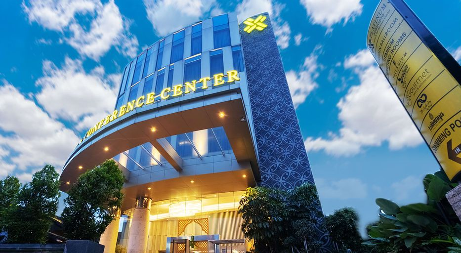 Platinum Adisucipto Hotel & Conference Center, Sleman