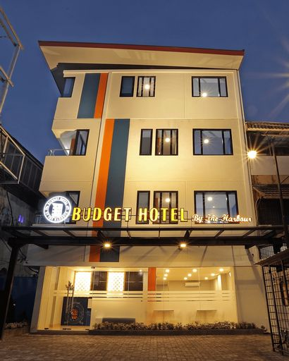 Budget Hotel by The Harbour, Padang