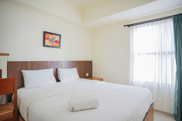 Spacious and Comfortable 2BR The Accent Bintaro Apartment By Travelio, Tangerang Selatan