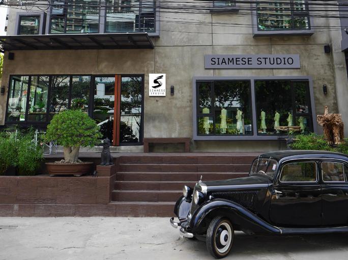 Siamese Studio, Huai Kwang