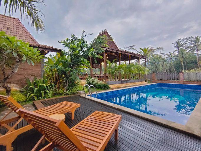 The Amrta Borobudur, Magelang