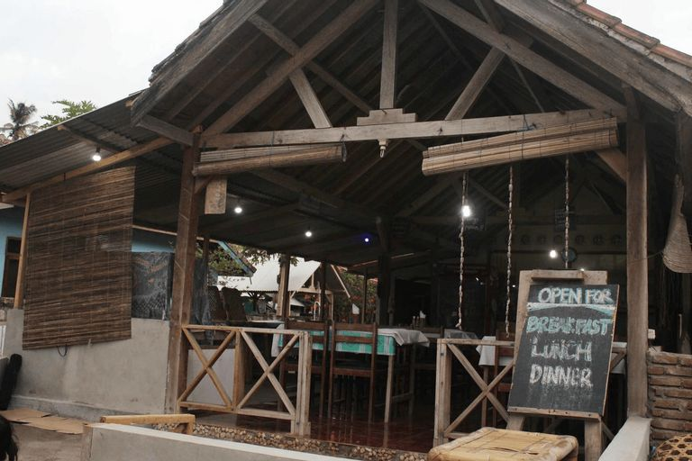 Duyung Rooms and Resto, Lombok