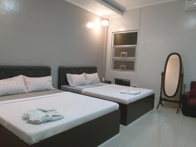 Grand Robertos Inn, Bangued