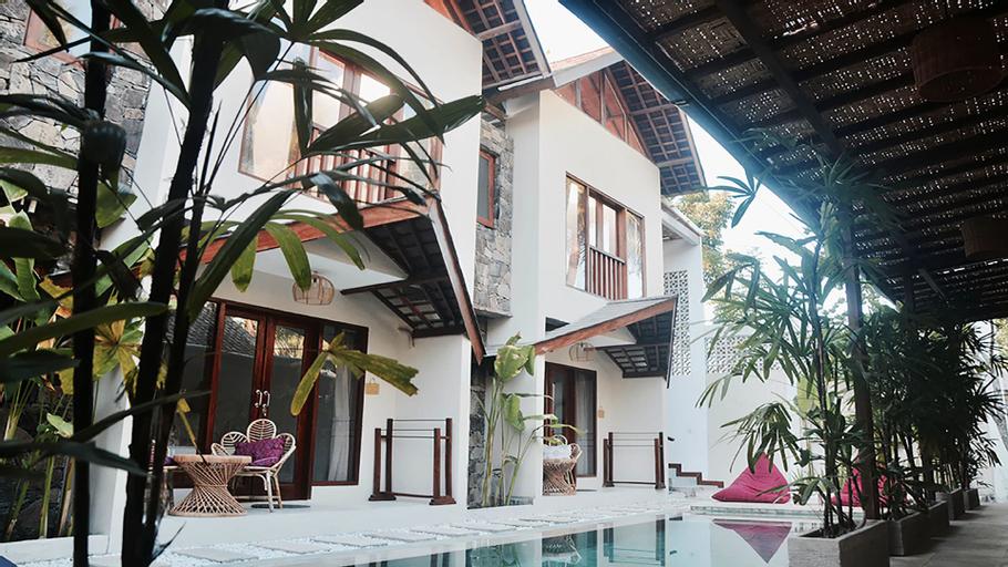 Ola Ola Lombok, Lombok