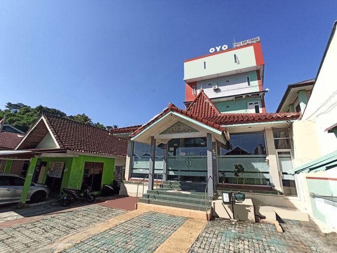 OYO 2611 Hotel Krui Syariah, West Lampung