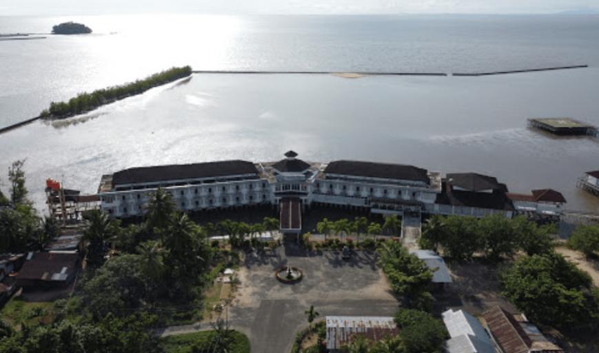 Mahkota Kayong Hotel Sukadana, North Kayong