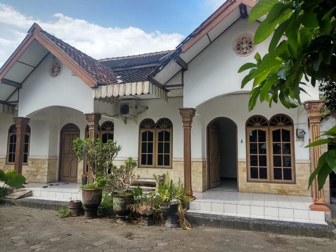 Paviliun Pendopo Suryodiningratan, Yogyakarta