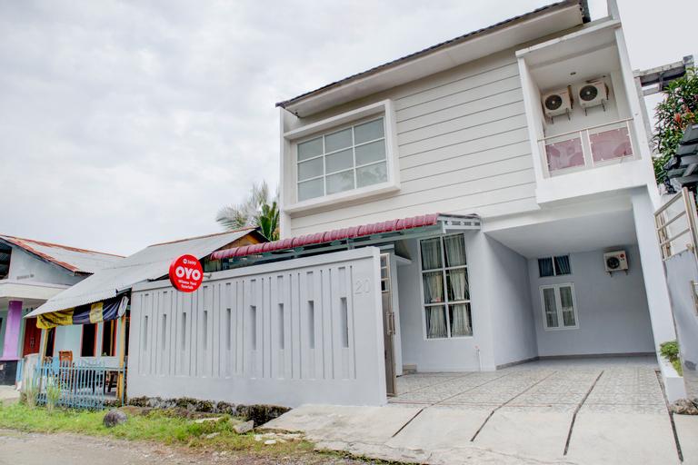 OYO 3690 Wisma Yani Syariah, Padang