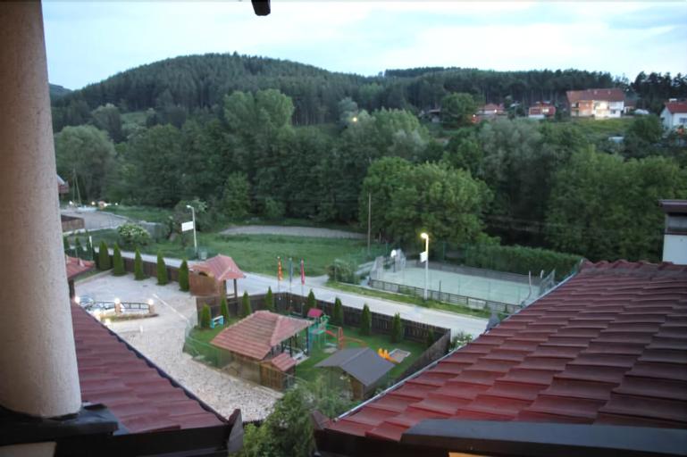 Hotel Manastir,