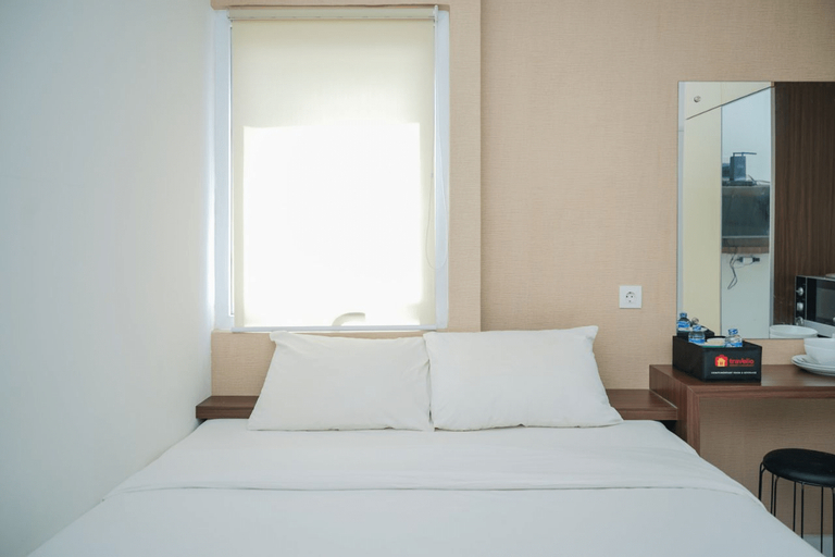 Compact and Tidy Studio Apartment at Aeropolis Residence 3 By Travelio, Tangerang
