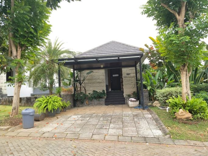 Vila Taman Dayu Golf Mansion, Pasuruan