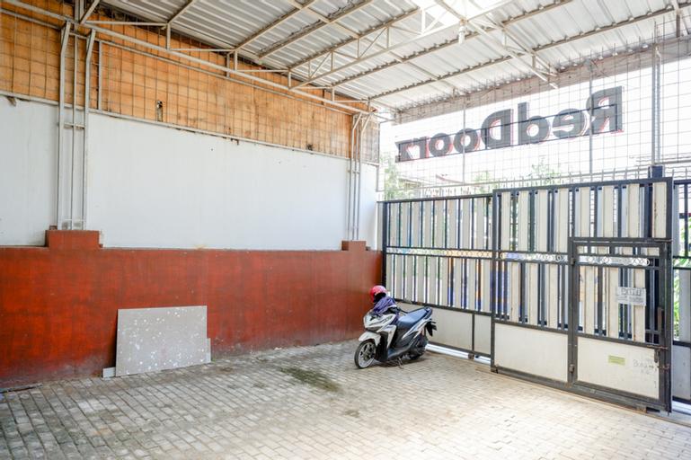 KoolKost Syariah near Universitas Diponegoro 2, Semarang