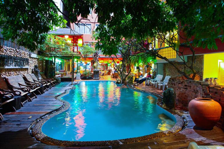 Villa Cha Cha Banglumphu, Phra Nakhon