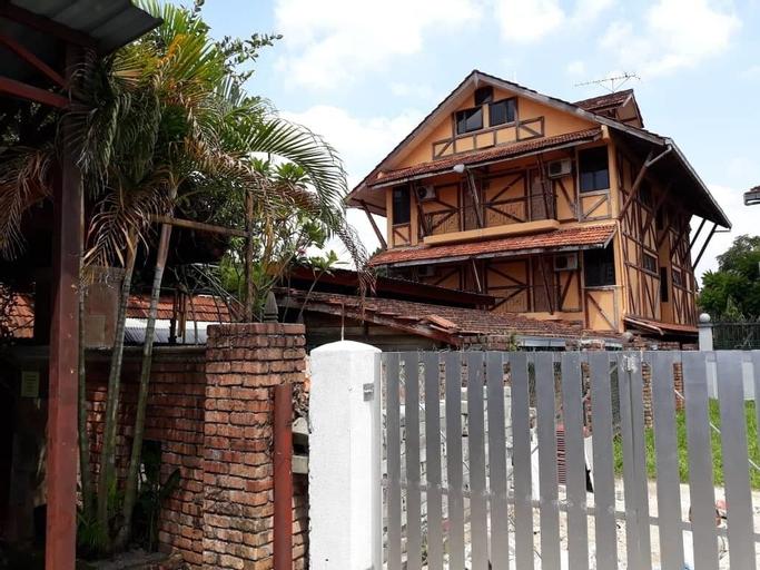 Le Chateau De Puah HomeStay, Kuala Lumpur