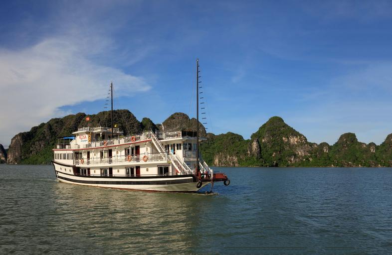 Charm Boutique Cruise, Hạ Long