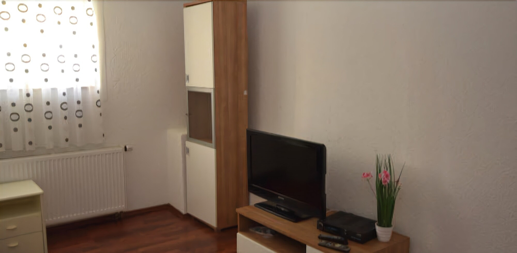 AB Apartment 12, Stuttgart