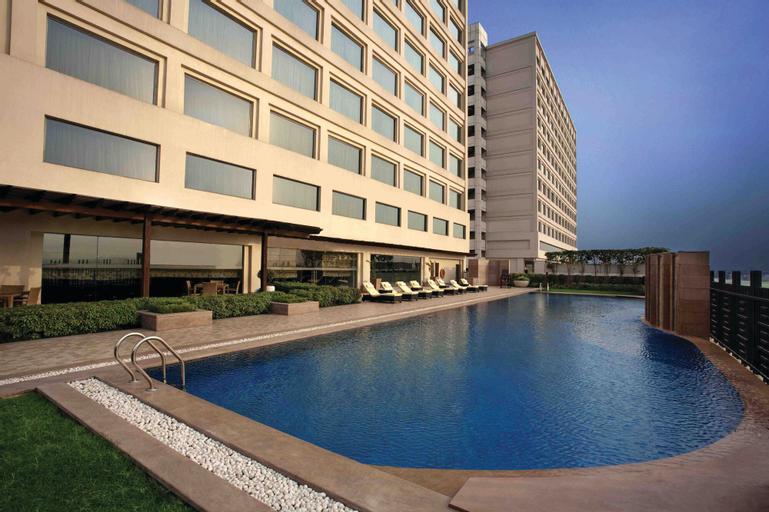 Holiday Inn New Delhi Mayur Vihar Noida, West