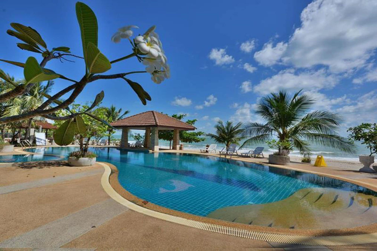 Alongkot Beach Resort Khanom, Khanom