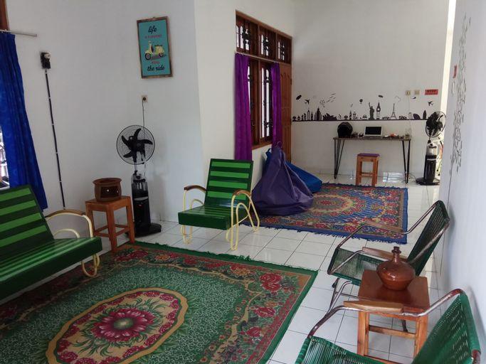 Netjes Home, Bantul