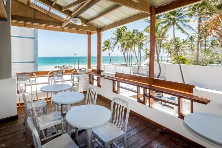 Sandy Beach Hotel,