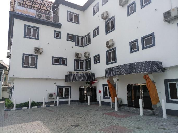 Fonseca's Place, Uvwie