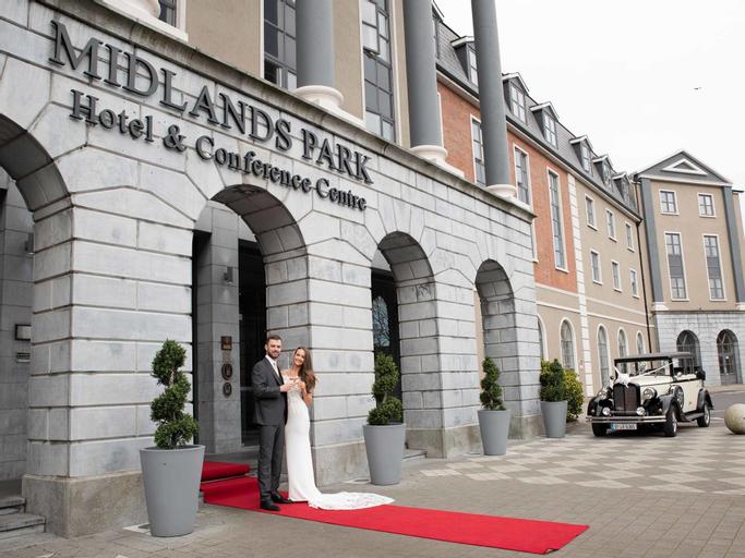 Midlands Park Hotel,