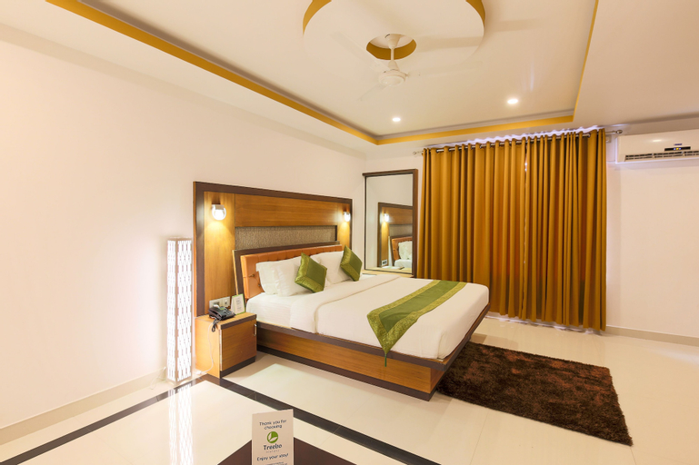 Treebo Tryst Palmyra Grand Suite, Alappuzha