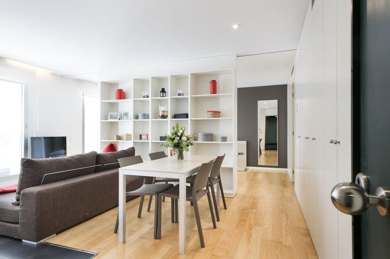 Lugaris Beach - Apartments, Barcelona