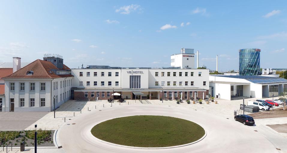 V8 Hotel Classic Motorworld Region Stuttgart, Böblingen