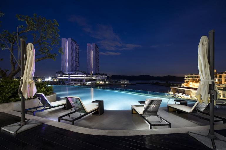 Pinetree Marina Resort, Johor Bahru