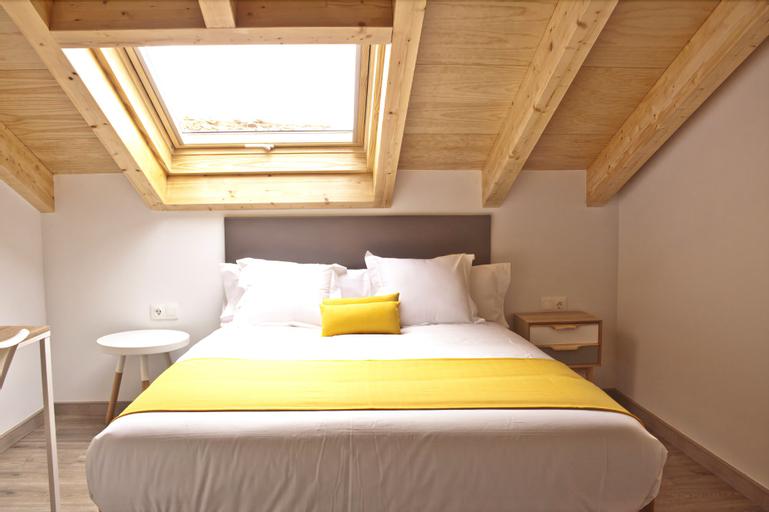 Apartamentos Lux Santiago, A Coruña